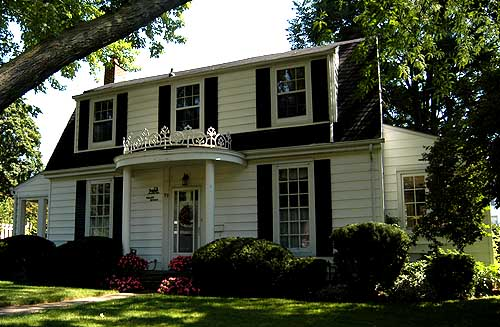 Colonial Revival in Simcoe