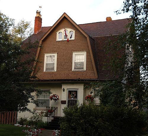 Colonial Revival in Thunder Bay