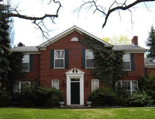Colonial revival in Toronto