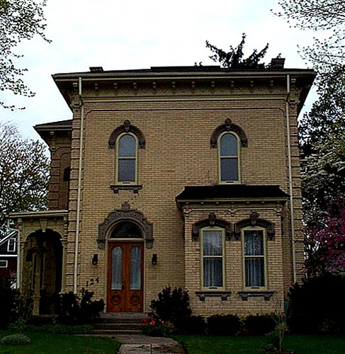Italianate in Simcoe